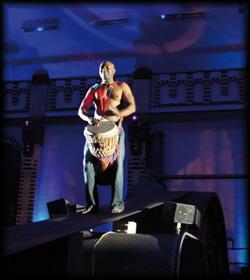 Eine rhythmische Percussion Performance zum mitmachen für die Gäste