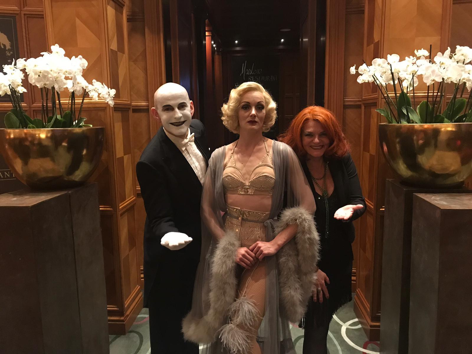 Cabaret Show Gala Venue Event Entertainment in the Interconti Hotel