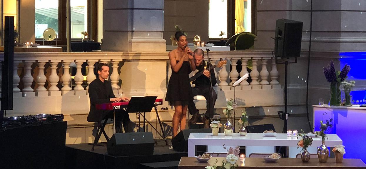 jazz singer berlin
