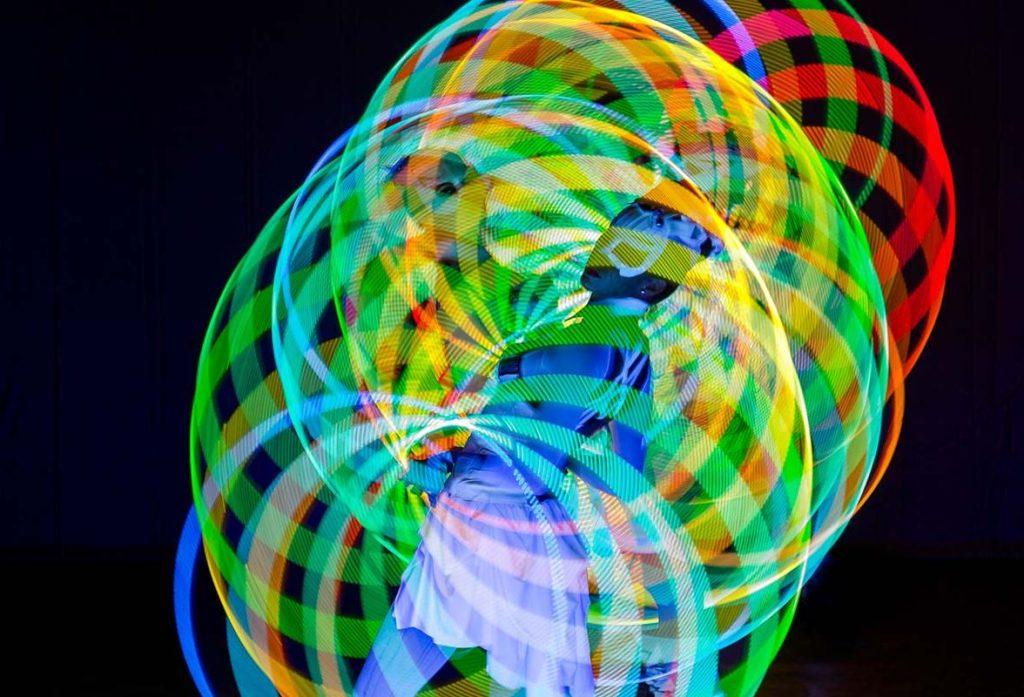 Black-Light-Hula-Show-LED_Show_Germany
