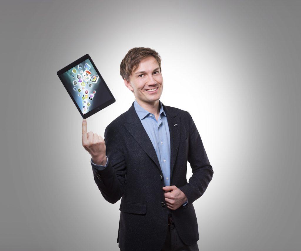 iPad-full- of-magica-effects