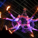 aerial-chandelier-trapez-acrobatic