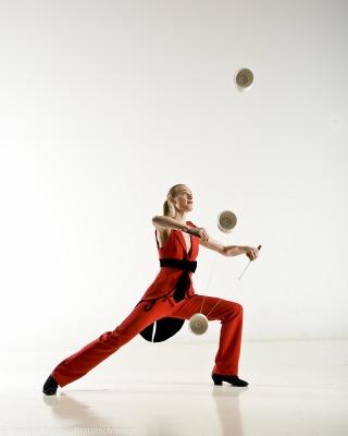 female-circus-performer